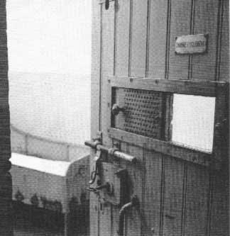 Lachambre d 39 isolement de vincent van gogh a l 39 hopital d 39 arles - Pourquoi van gogh s est coupe l oreille ...